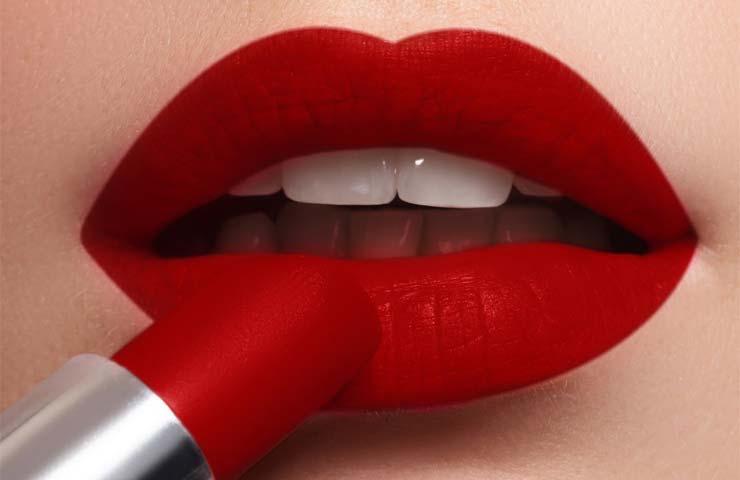 labios rojos navideños