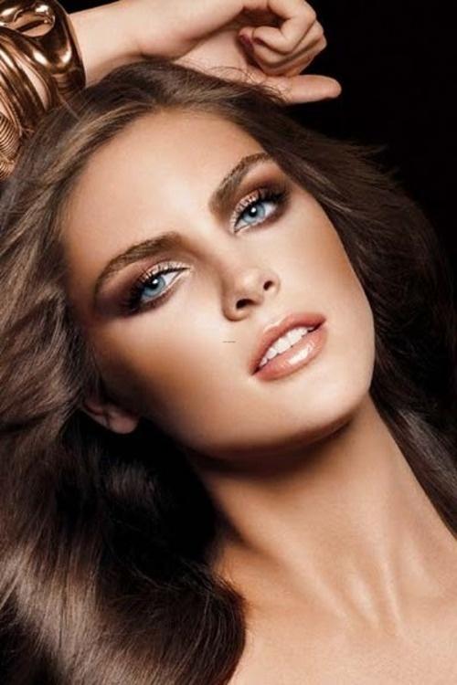 maquillaje para ojos en tonos neutros
