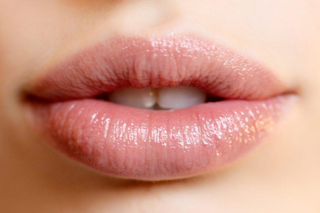 gloss y bálsamo para labios