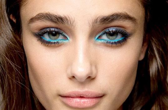 maquillaje de colores para ojos