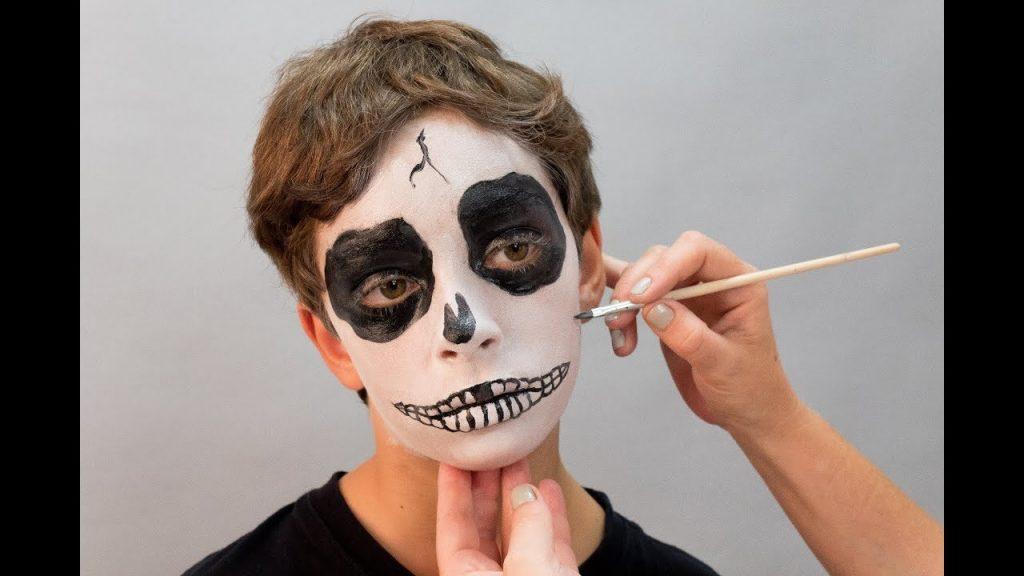 maquillaje de esqueleto paso a paso para niño