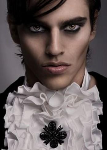 maquillaje de vampiro para hombre
