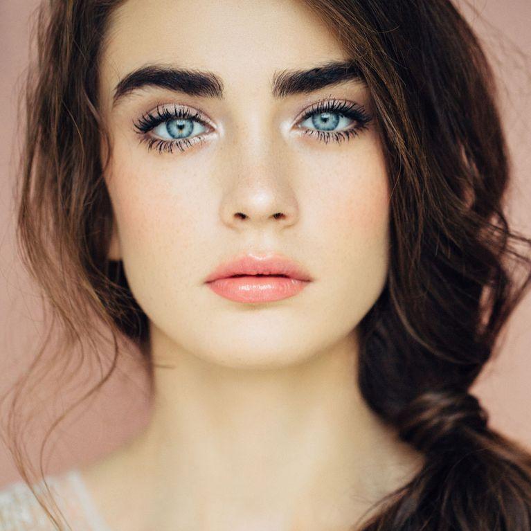maquillaje natural para ojos azules