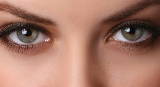 maquillaje ojos hundidos