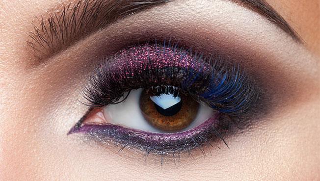 maquillaje shimmer sombra morada