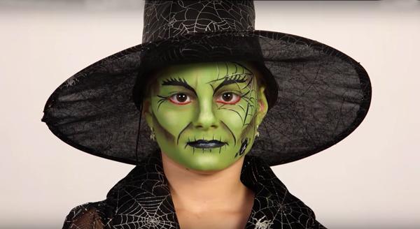 maquillaje bruja verde realista