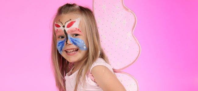 maquillaje fantasía de mariposa para niña