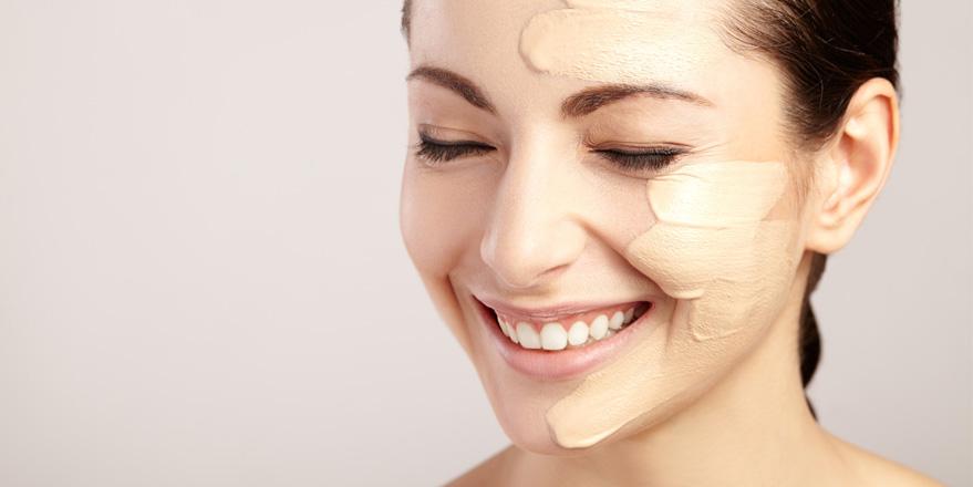 aplicación base de maquillaje correctamente
