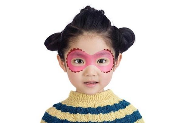mascara maquillaje infantil