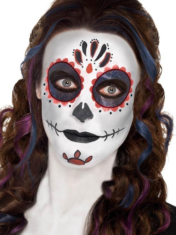maquillaje de calavera mexicana oscuro