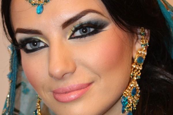 maquillaje egipcio terminado