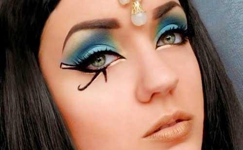 maquillaje egipcio rápido