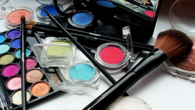 productos  para maquillaje vampiresa