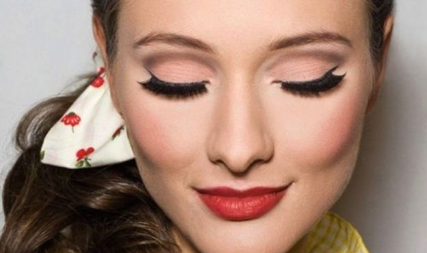 paso a paso para hacer maquillaje pin up