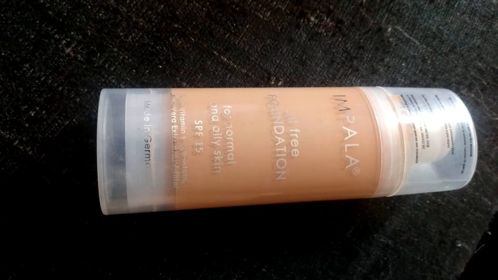 base de maquillaje impala