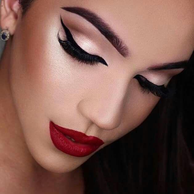 labios y cejas perfectas