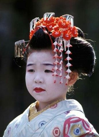 maquillaje geisha niña