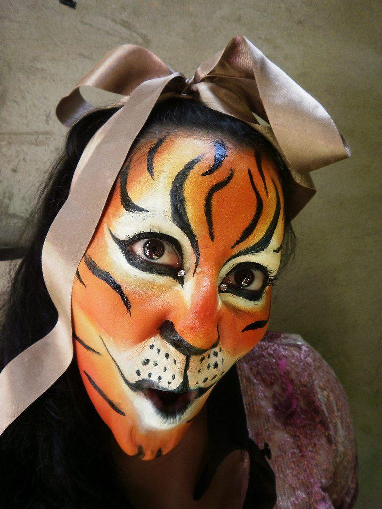maquillaje tigresa completo
