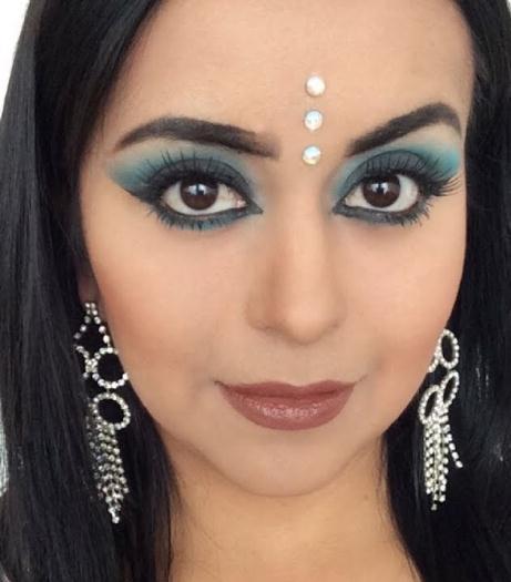 maquillaje arabe azul