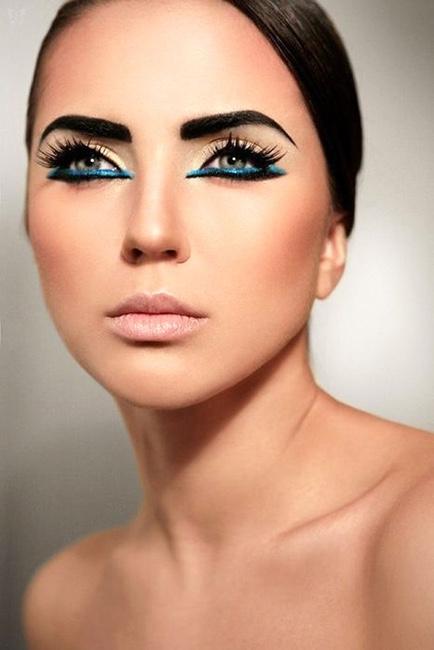 maquillaje ojos cleopatra