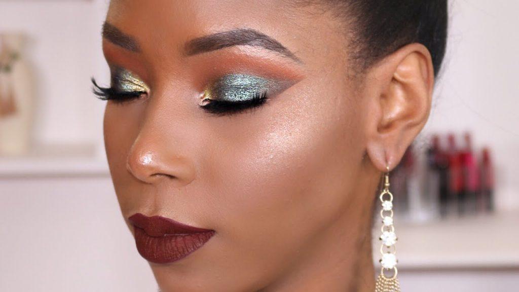 maquillaje para piel morena oscura