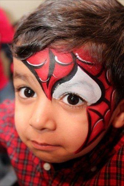 diagonal maquillaje spiderman